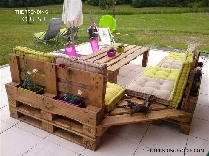 A Comfortable L-Shaped Bench with Planter Potential