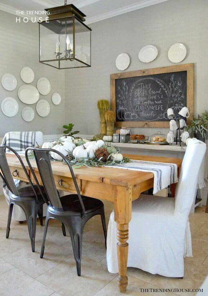 A Country-Inspired Look with Simple Decor