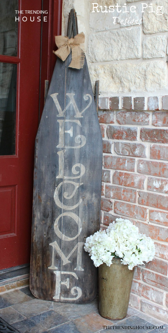 A Lovely Farmhouse Chic Welcome