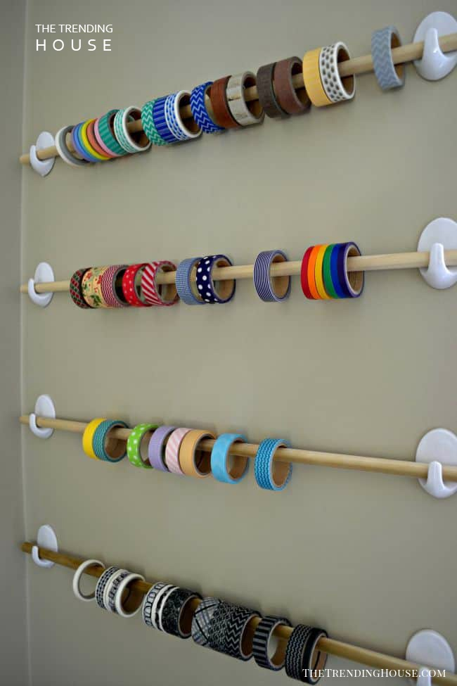 A Simple Ribbon Wall Organizer