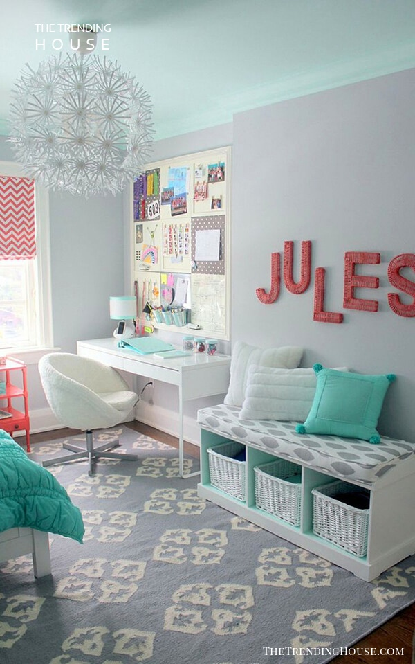 Bold and Contrasting Wall Letters