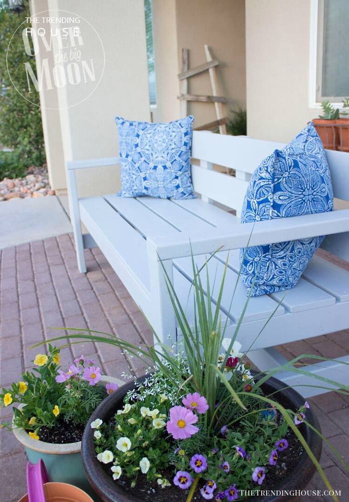 Classic Patio Bench for Two