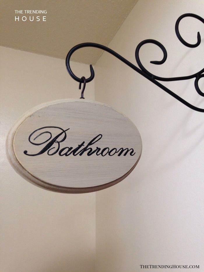Country Homemakers Bathroom Sign