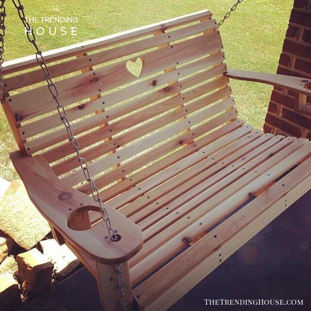 Country Style Sweetheart Swing