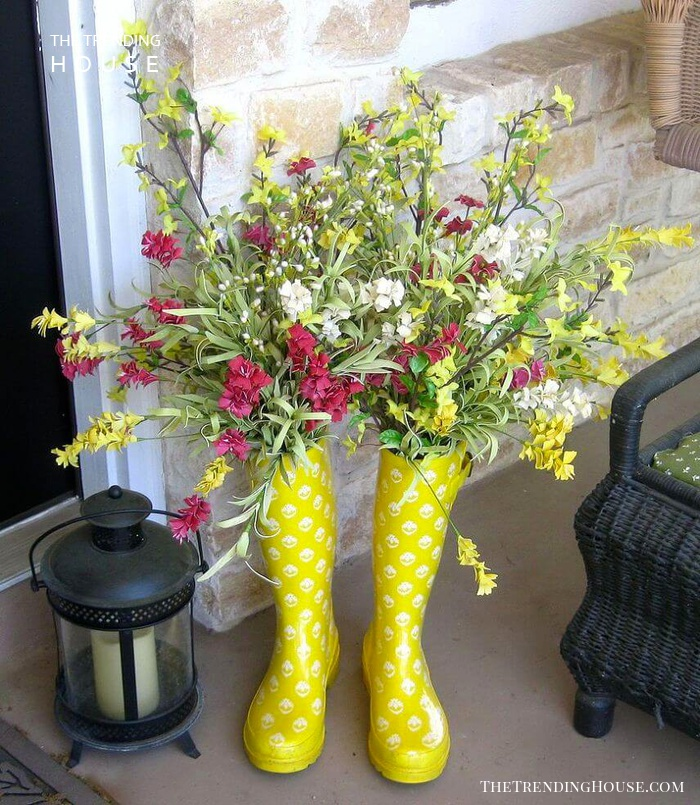 Cute Upcycled Rain Boot Planters