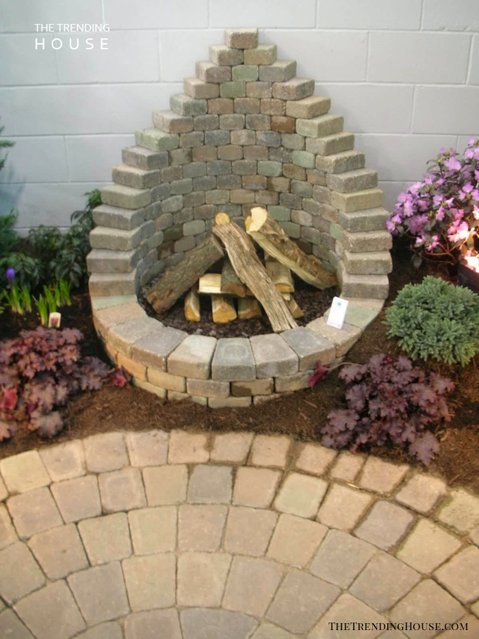 DIY Round Firepit with Back