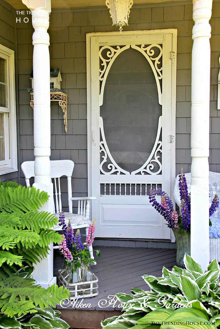 40 Rustic Vintage Porch Decor Ideas To Bring Warmth To Your Home S Exterior The Trending House