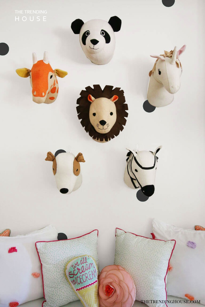 Friendly Animals as Wall Hangings