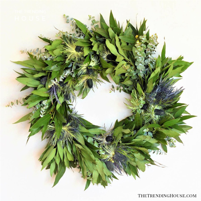 Green Tones Pinecone and Leaf Wreath