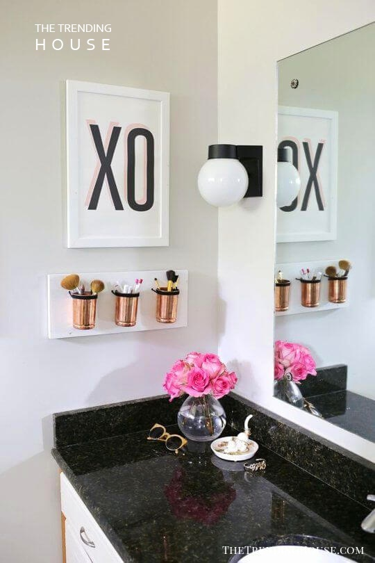 Hanging Flower Pot Wall Art