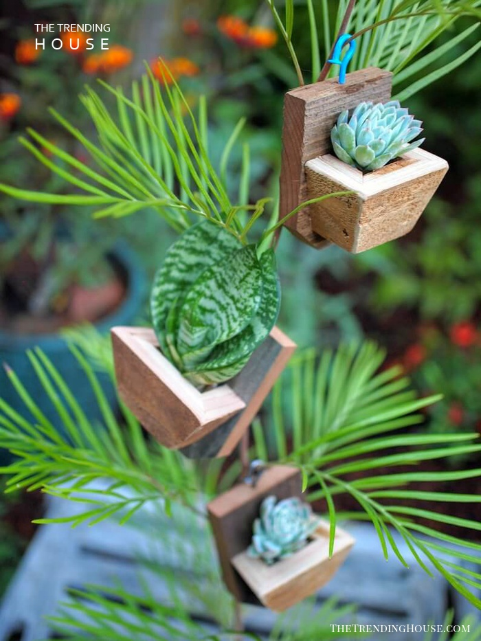 Hook and Box Planter Ornament
