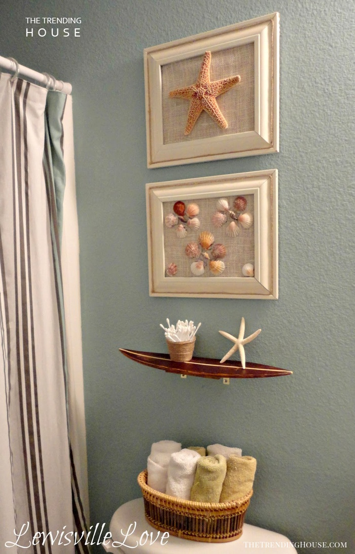 A Mini Gallery Wall for the Bathroom