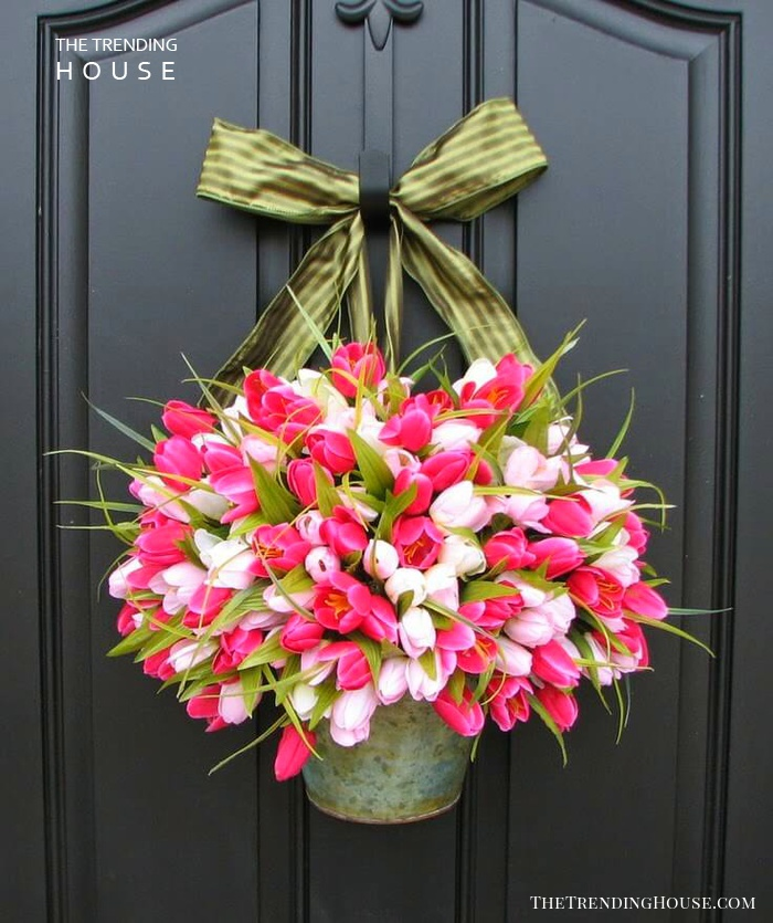 Pretty Spring Tulip Door Decoration