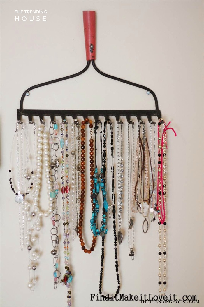 Recycled Rake Head Necklace Rack
