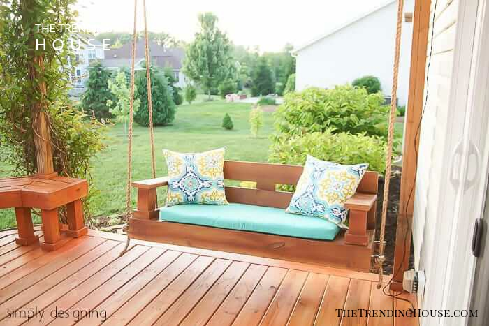 Relaxing and Picturesque Porch Swing