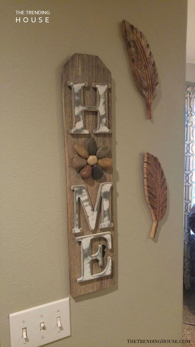 Stone Daisy Hanging Home Sign