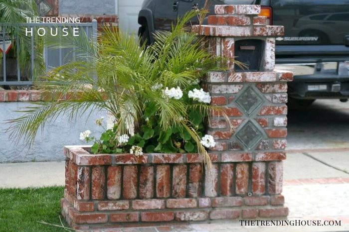 Sturdy Brick Mailbox and Planter