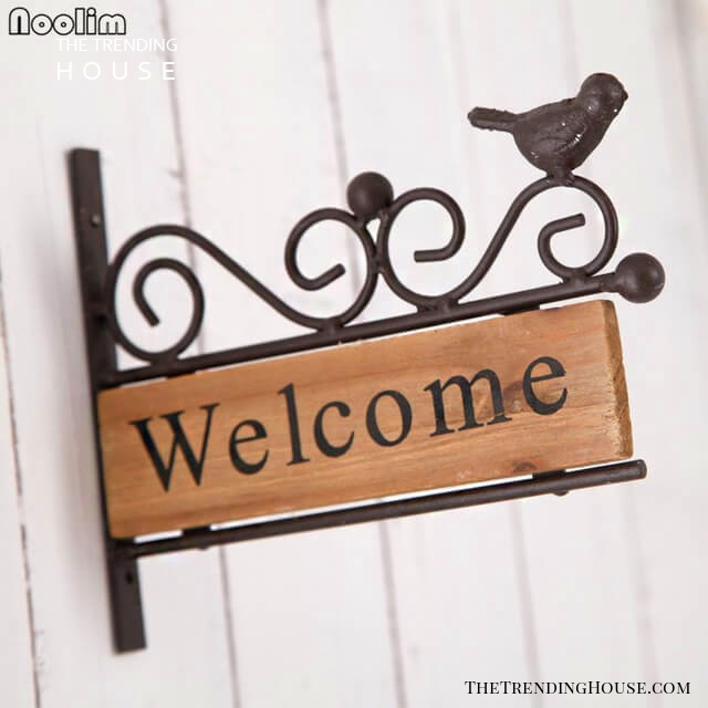 Welcome Sign with Cute Bird Accent