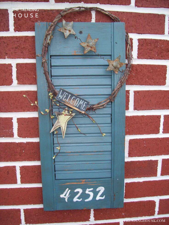 Welcome Sign with Rustic Wreath and Stars