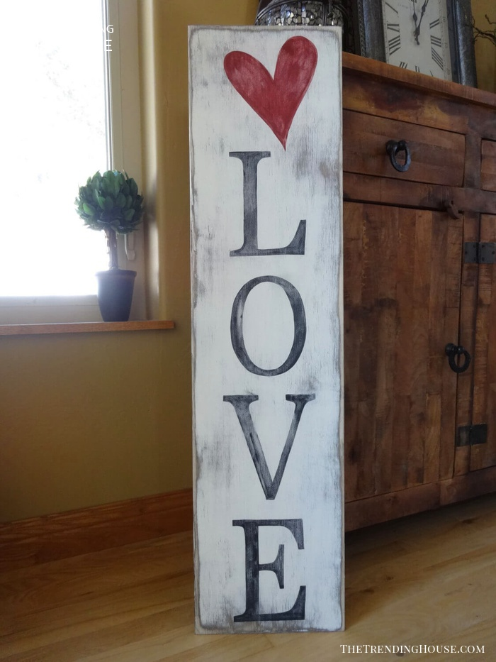 Whitewashed Shabby Chic Vertical Board