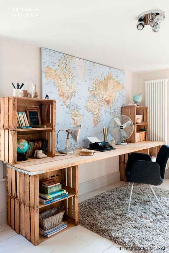 World Traveler Wooden Work Desk Pallet Furniture