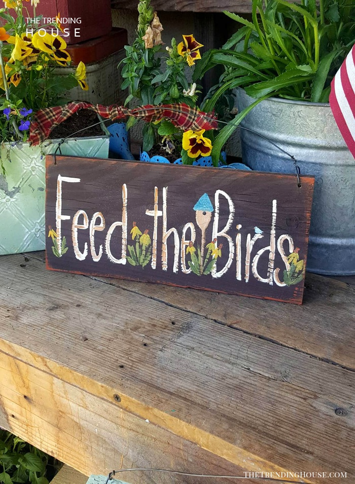 """Feed the Birds"" Garden Sign"